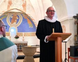 Hans Jørgen Hansen bliver (endnu mere) præst i Hedensted